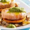 Рулетики из филе лосося и судака с белыми грибами и картофелем